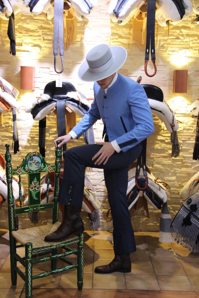 Traje de corto de la tienda Roberto Garrudo, traje de corto , feria de abril, feria, feria de sevilla