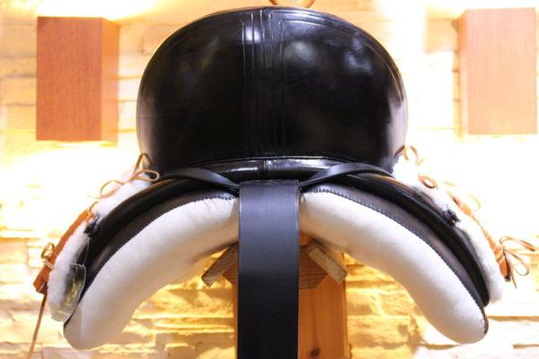 silla vaquera, montura vaquera, silla de competición, doma vaquera