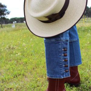 romería, ropa rociera, boto campero, bota rociera, bota para el rocío, ir de romería
