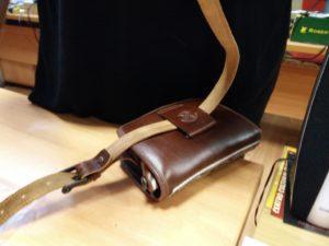 bolso rociero con cinturón